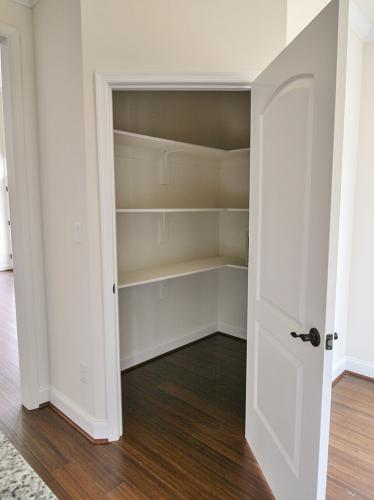 Caliber Home Builder, The Pinehurst, Closet