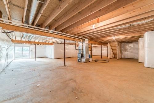 Caliber Home Builder, The Preston, Basement