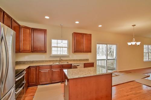 Caliber Home Builder, The Roberson II, Kitchen