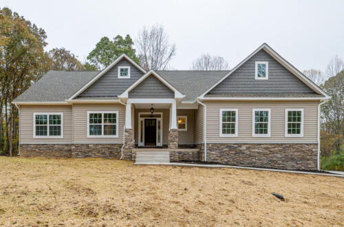 Caliber Homebuilder, Flint Ridge II, exterior front