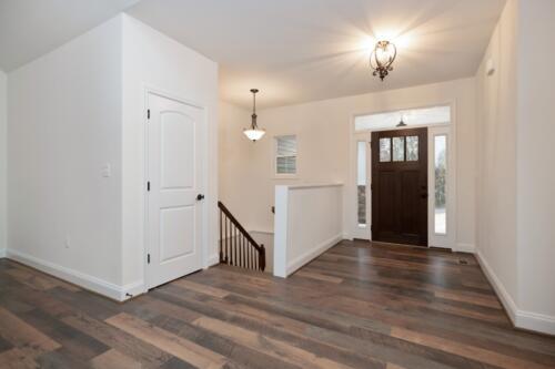 Caliber Homebuilder, Flint Ridge II, foyer