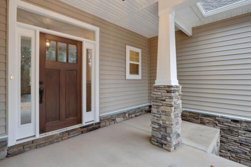 Caliber Homebuilder, Flint Ridge II, front porch