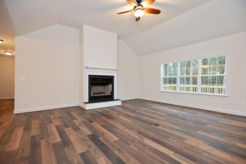 Caliber Homebuilder, Flint Ridge II, great room fireplace