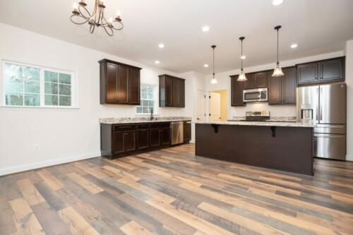 Caliber Homebuilder, Flint Ridge II, kitchen