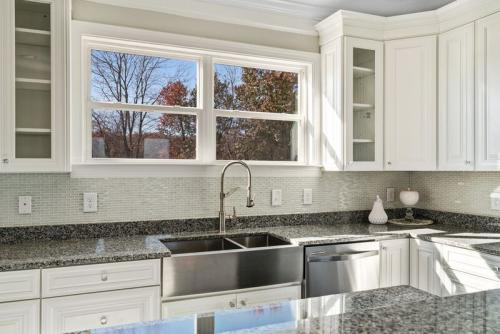 Caliber Home Builder, The Madison, Kitchen