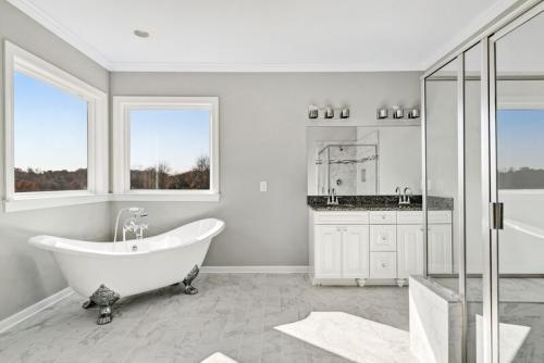 Caliber Home Builder, The Madison, Bath