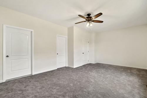 Caliber Home Builder, The Northport 2, Bedroom