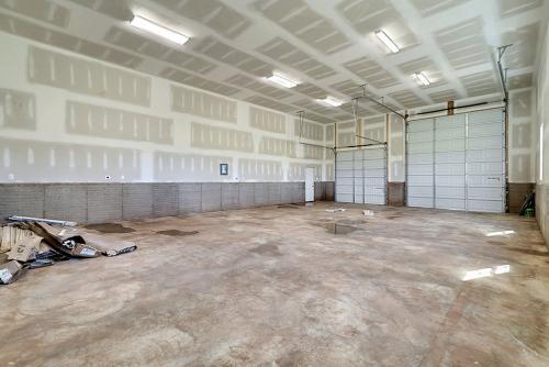 Caliber Home Builder, The Northport 2, Interior Garage