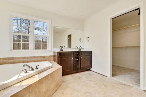 Caliber Home Builder, The Robertson, Bath