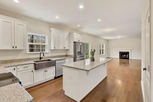 Caliber Home Builder, The Robertson, Kitchen