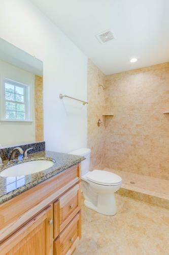 Caliber Home Builder, Saint Albans 02, Bath