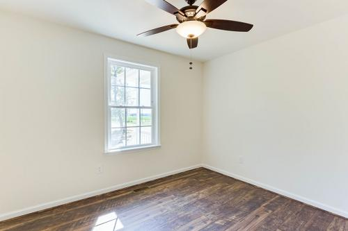 Caliber Home Builder, Saint Albans 02, Bedroom