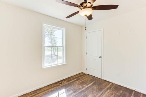 Caliber Home Builder, Saint Albans 02, Bedroom