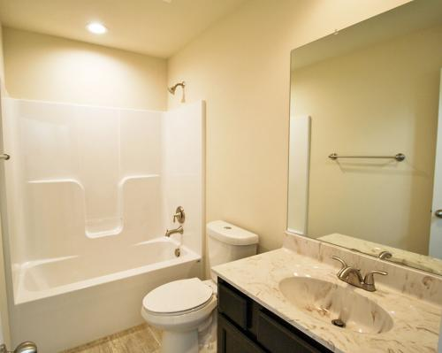 Caliber Home Builder, The Hickory, Bath